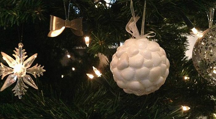 simple thoughts diy schelpen kerst bal kerstboom