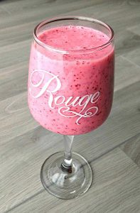 Simple Thoughts cranberry smoothie glas