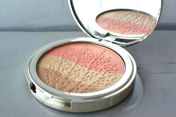 Pupa Coral Island review highlighter