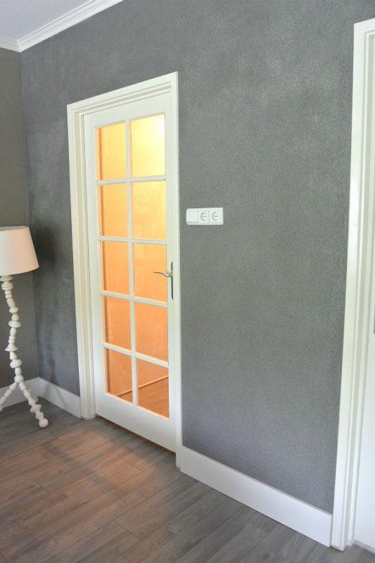 Muur met fotolijstplanken simple thoughts - Kleur plank ...