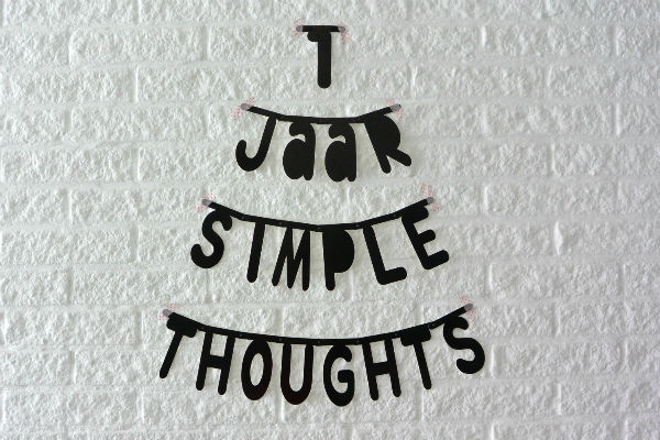simple thoughts 1 jaar