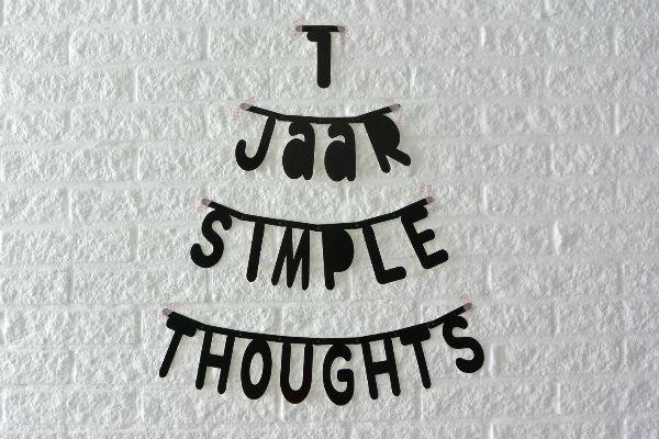 simple thoughts 1 jaar