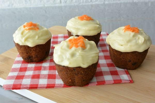 simplethoughts simpele worteltaart cupcakes walnoot