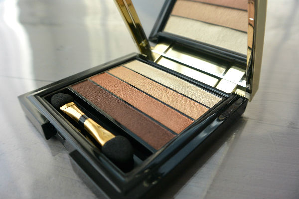 simple thoughts pupa stay gold eyeshadow palette