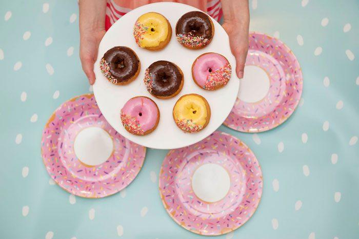 simple-thoughts-donut-2-jaar