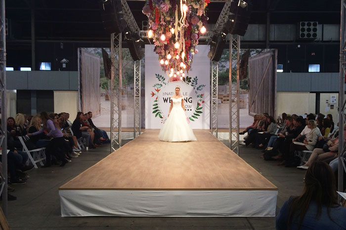 simple-thoughts-love-and-marriage-beurs-catwalk