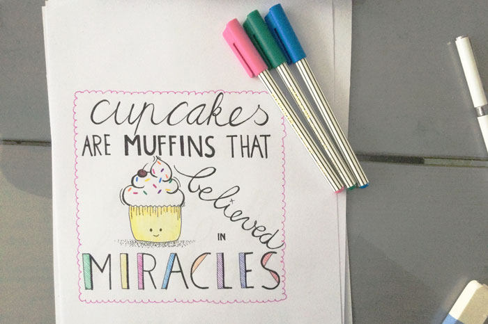 simple-thoughts-review-handlettering-cupcake-karin-luttenberg