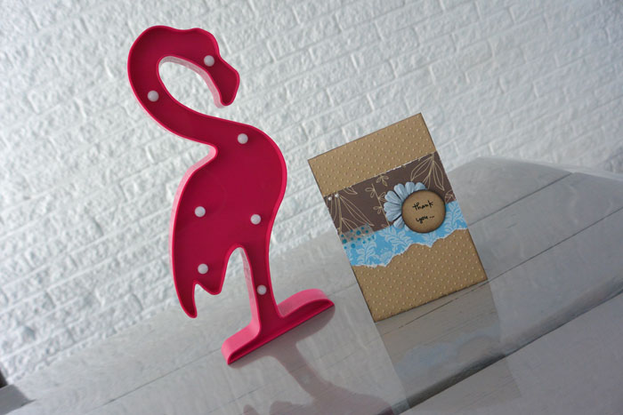 simple thoughts flamingo ananas lamp